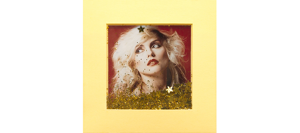 mira como brillo 10 postit glitter blondie New York Jose camara