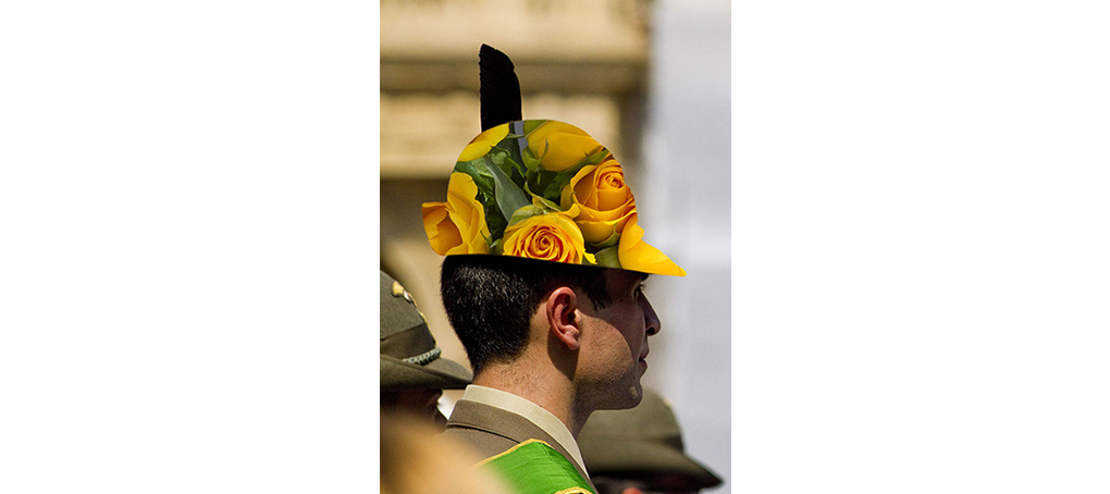 F1 03 sombrero militar flores desfile fotomontaje jose camara