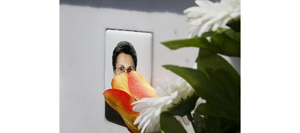 F1 06 tumba flores fotomontaje jose camara