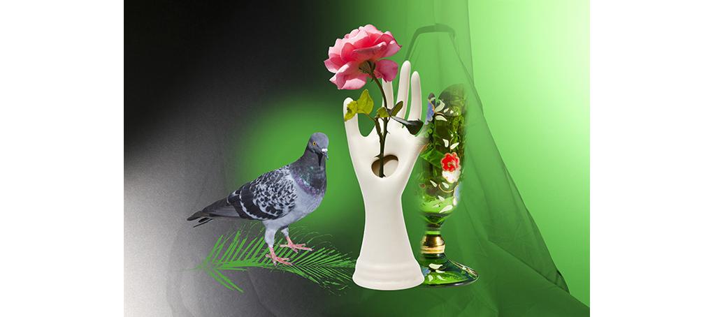 misc 08 rosa paloma mano porcelana florero kitsch jose camara
