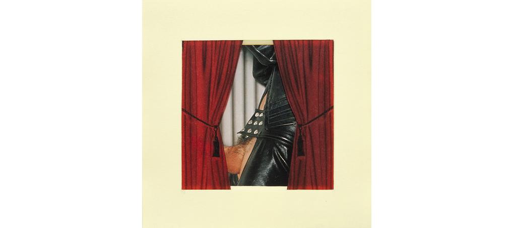 se abre el telón 11 postit telón cortina roja leather big balls Jose camara